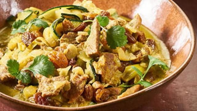 Kalkoencurry met groenten en zilvervliesrijst